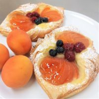 apricot danish2