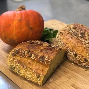 pumpkin and tumeric sourdough 6